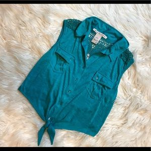 American Rag turquoise button up